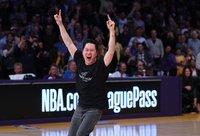 """""""Lakers"""" gerbėjas gerokai praturtėjo"""