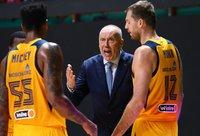 R.Kurtinaitis nusivylė komandos gynyba