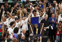 NBA sezonas baigėsi Milvokio komandos triumfu (Scanpix nuotr.)