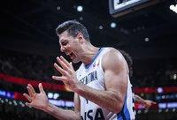 L.Scola siaučia čempionate (FIBA nuotr.)