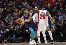 """NBA: """"Hornets"""" – """"Pistons"""""""