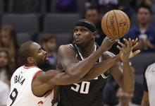 """NBA: """"Kings"""" – """"Raptors"""""""