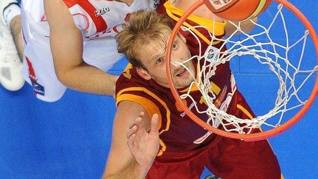 Krepšininkas neatsisakė padėti šaliai (Scanpix nuotr.)