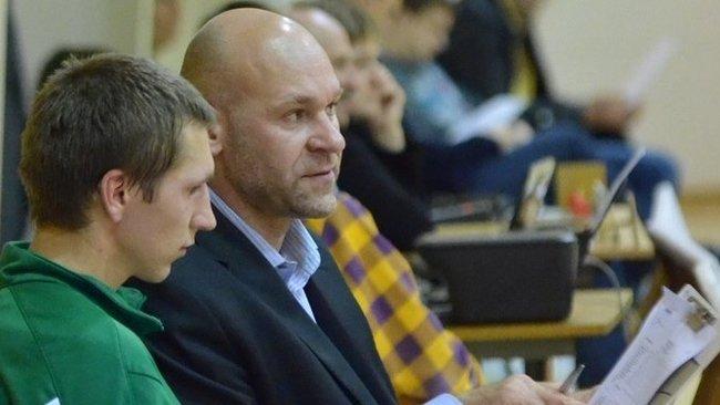 """Iš Minsko komandos atleistas A.Straupis stoja prie """"Šilutės"""" vairo (A.Čižos nuotr.)"""