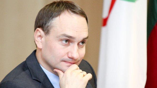 M.Balčiūnas stebėjo sutarties sudarymo ceremoniją (Dmitrijus Radlinskas, Fotodiena.lt)