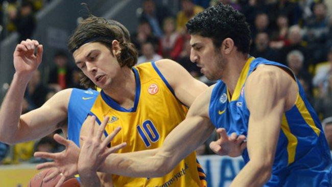 Puolėją savo gretose nori išlaikyti ir Tel Avivo ekipa (Scanpix nuotr.)