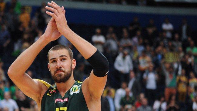 J.Valančiūnas atsiėmė geriausio jaunojo žaidėjo prizą (Fotodiena.lt)