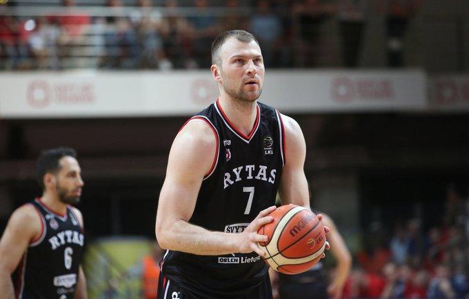 A.Parachovskis dar nerado naujo klubo (BNS nuotr.)