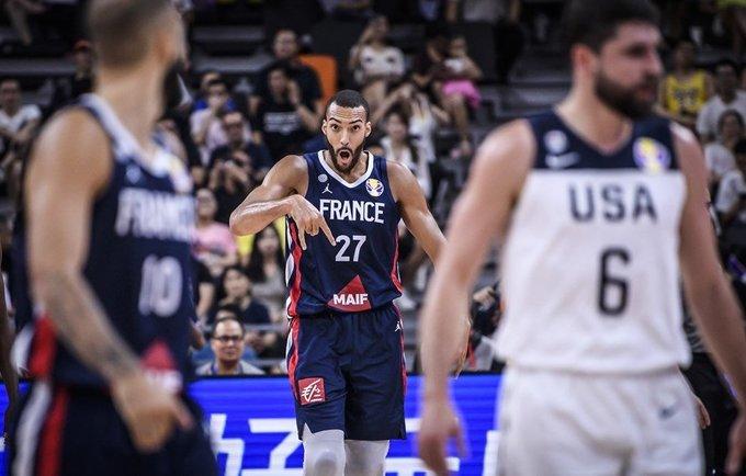 R.Gobertas surinko galingą dvigubą dublį (FIBA nuotr.)