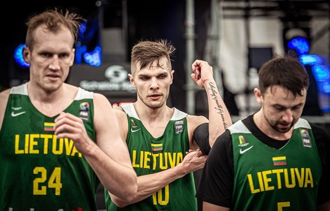 Lietuviai nusileido latviams (FIBA nuotr.)