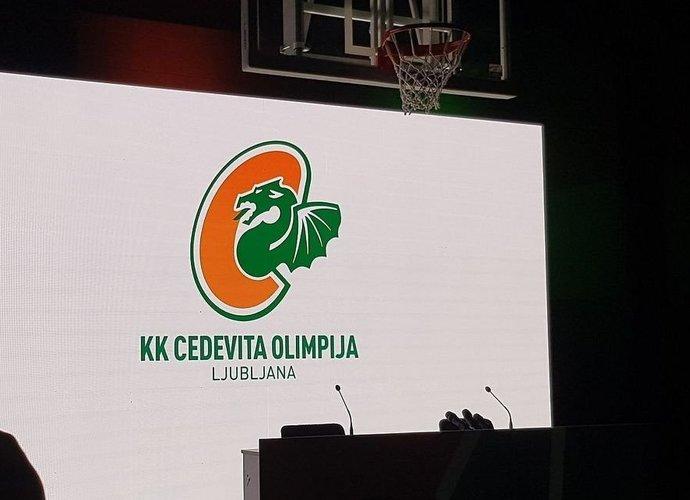 Naujo klubo logotipas yra buvusių komandos logotipų sąjunga