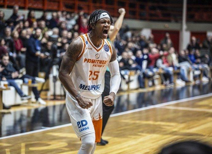 R.Brownas debiutuos Eurolygoje (FIBA nuotr.)
