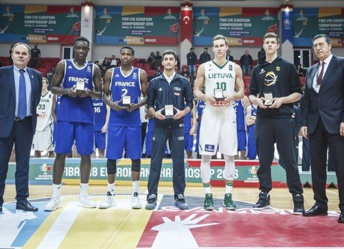 Penkete atsidūrė Lietuvoje pažįstami veidai (FIBA Europe nuotr.)