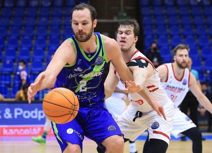 M.Bilanas su komanda nukentėjo Čekijoje (FIBA Europe nuotr.)