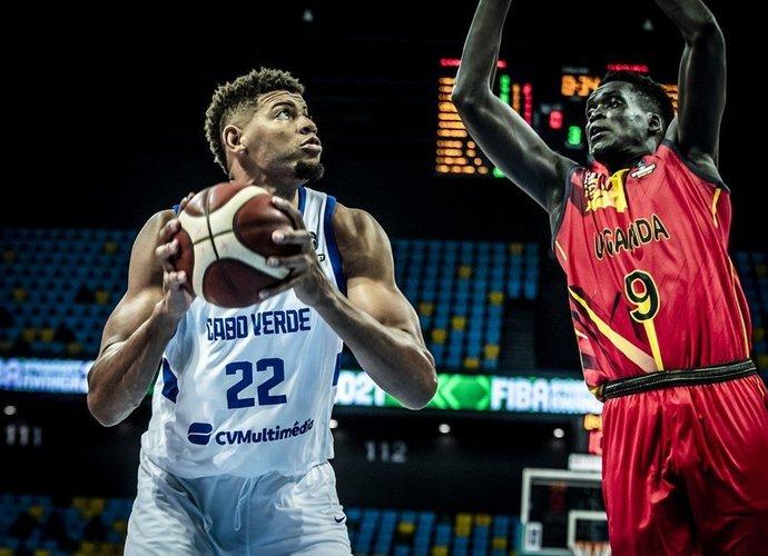 W.Tavaresas dominuoja Afrikoje (FIBA nuotr.)
