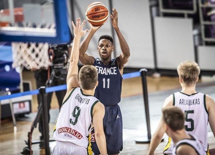 J.Ayayi pražudė Lietuvos rinktinę (FIBA nuotr.)