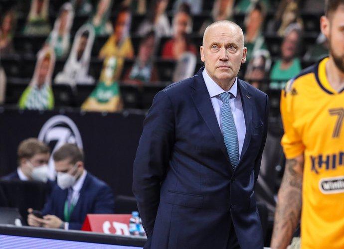 R.Kurtinaitis neteko vyr. trenerio posto (BNS nuotr.)
