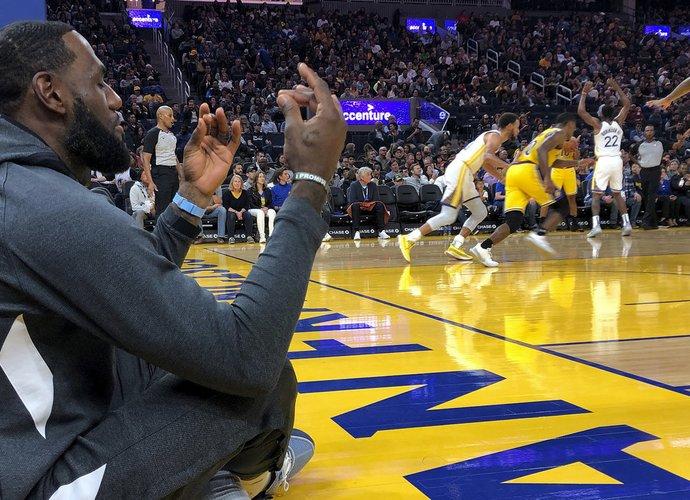 L.Jamesas bandys grįžti į NBA viršūnę (Scanpix nuotr.)