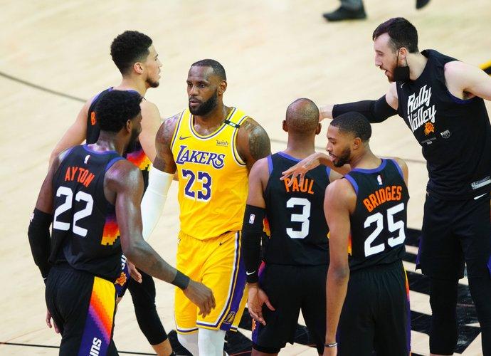 NBA grįžta prie įprasto grafiko (Scanpix nuotr.)