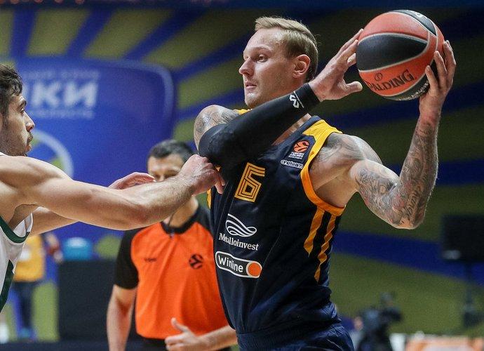 J.Timma sieks vietos NBA (Scanpix nuotr.)