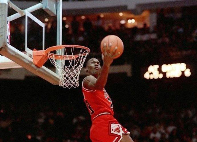 NBA primins gerbėjams M.Jordano mačus (Scanpix nuotr.)