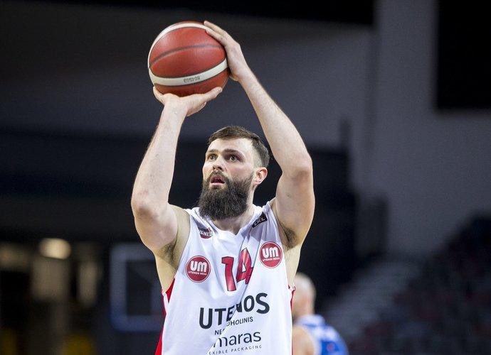 V.Čepukaitis pagal atkovotus kamuolius yra 9-as (BNS nuotr.)
