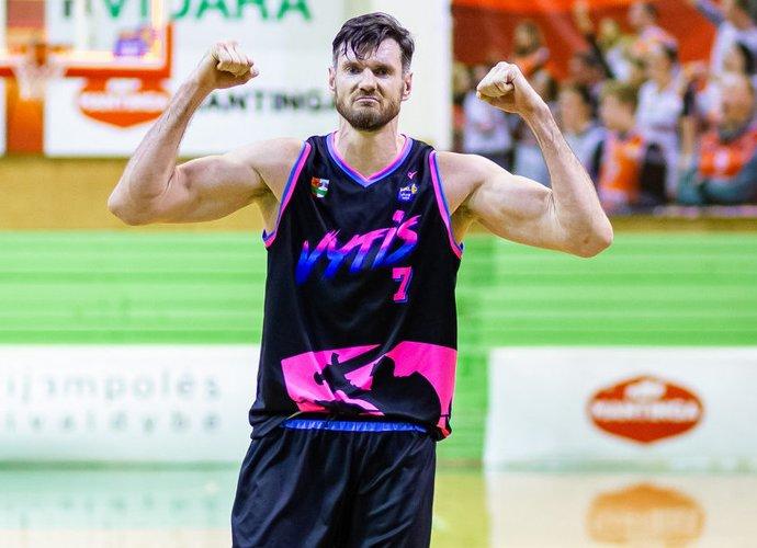 D.Lavrinovičius spindėjo NKL pirmenybėse (Nuotr. NKL)