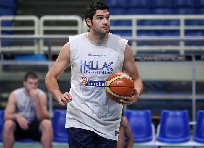 D.Mavroeidis papildė AEK klubą
