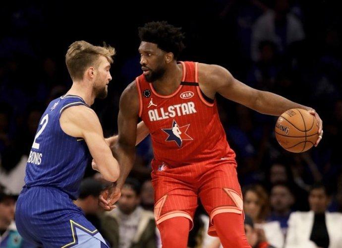Auga tikimybė išvysti NBA žaidėjus besigrumiančius individualiai (Scanpix nuotr.)
