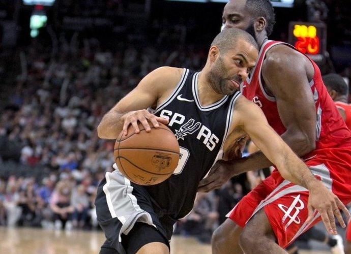 """T.Parkeris sulauks """"Spurs"""" pagerbimo (Scanpix nuotr.)"""