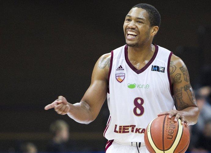 J.Carteris palieka Lietuvą (www.kavovelis.lt nuotr.)