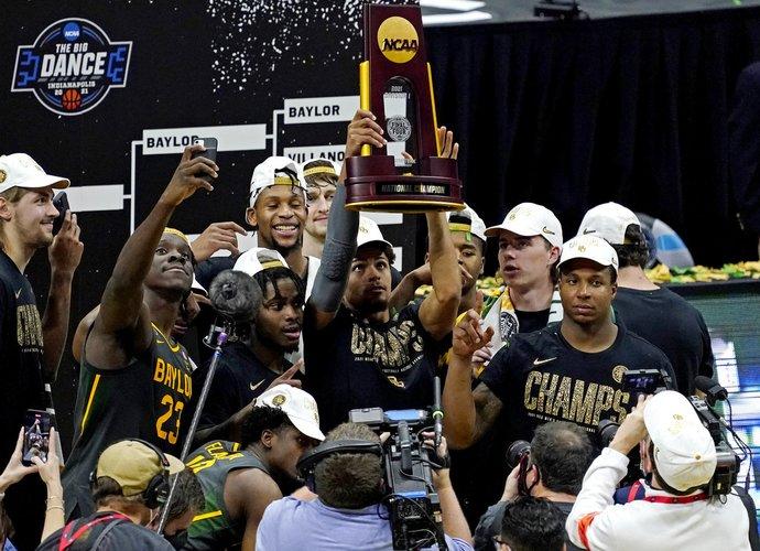 Beiloro universiteto komanda triumfavo pirmą kartą (Scanpix nuotr.)