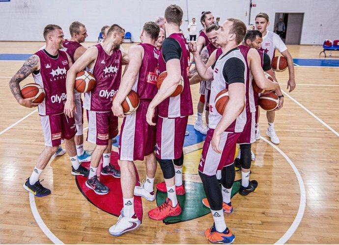 Latvijos rinktinė kovos prieš lietuvius ir estus