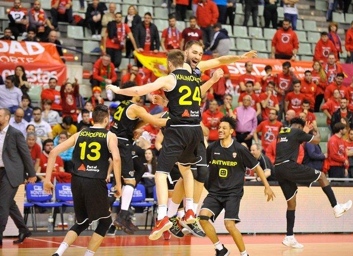 Belgijos klubas švenčia pateiktą staigmeną (FIBA Europe nuotr.)