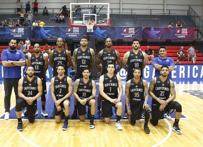 """Metus nerungtyniavusiame """"Capitanes"""" klube liko tik treneris (FIBA nuotr.)"""