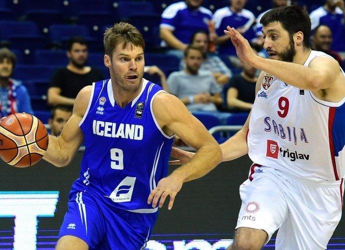 J.Stefanssono vedama Islandija kovos vienoje grupėje su Suomija (Scanpix nuotr.)