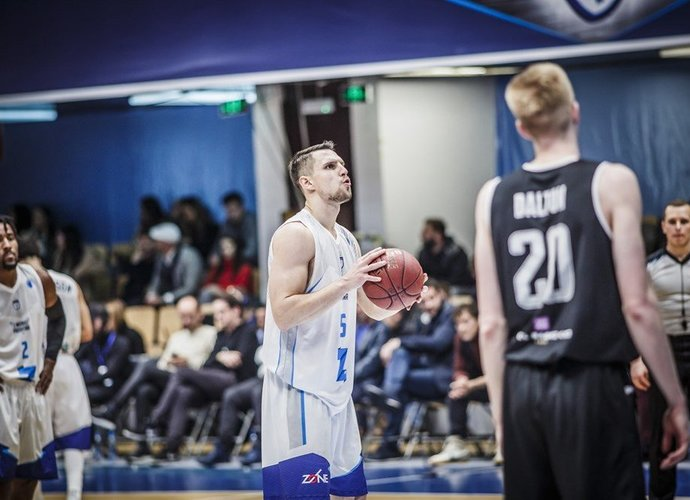 D.Krestininas grįžo į Latvijos klubą (FIBA Europe nuotr.)