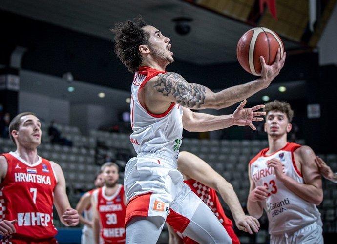 Sh.Larkinas iškrito iš rikiuotės (FIBA nuotr.)