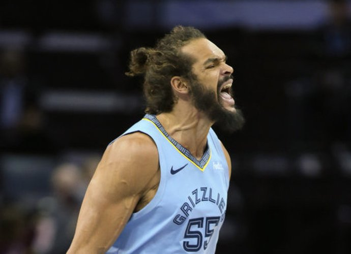 J.Noah domina NBA ekipą (Scanpix nuotr.)