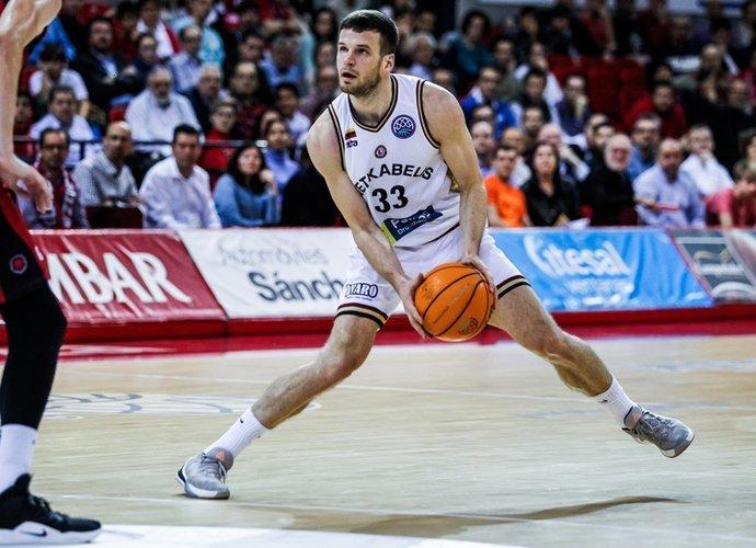 T.Dimša nebijo Š.Jasikevičiaus (FIBA Europe nuotr.)
