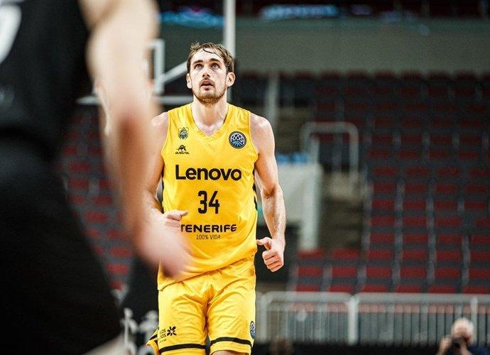 T.Cavanaugh gins Kauno klubo garbę (FIBA Europe nuotr.)