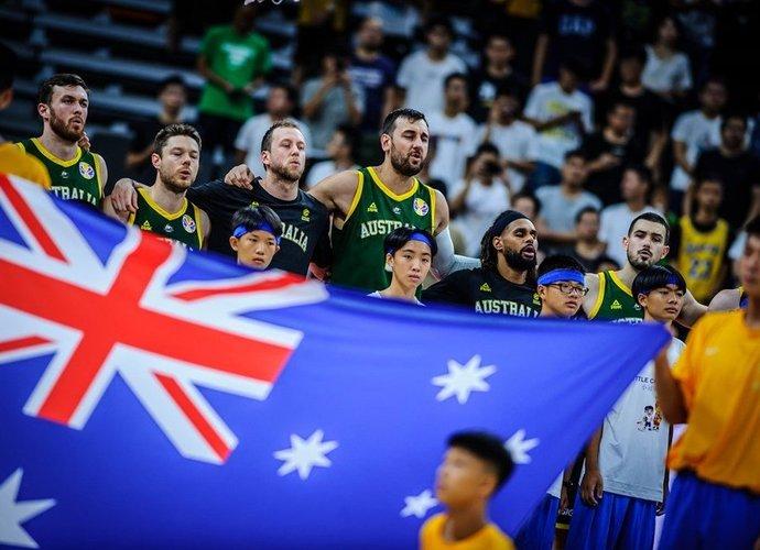 Australija kovos su lietuviais dėl labai svarbaus taško (FIBA nuotr.)