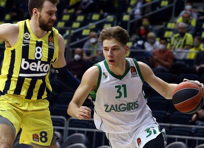 R.Jokubaitis sugebėjo pelnyti 8 taškus (Euroleague.net)