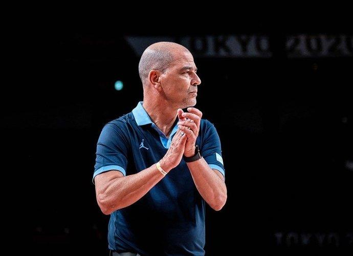 A.Hernandezas palieka Argentinos rinktinę (FIBA nuotr.)