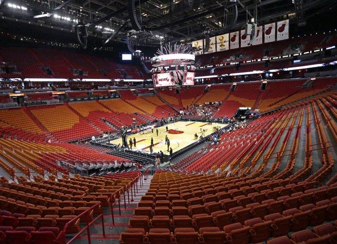 NBA arenos artimiausiu metu liks tuščios (Scanpix nuotr.)