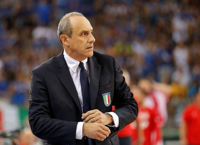 E.Messina atsisakė dviejų žaidėjų paslaugų (Scanpix nuotr.)
