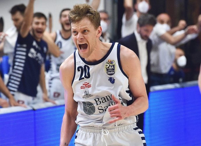E.Bendžius baigė sezoną Italijoje