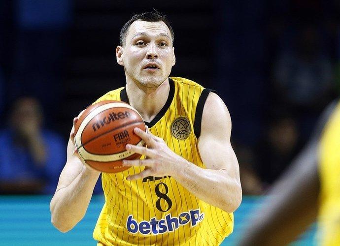 J.Mačiulis tapo klubo kapitonu (FIBA Europe nuotr.)