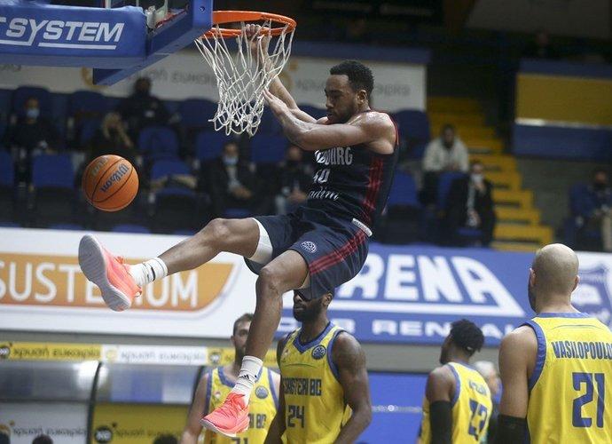 B.Colsonas vedė SIG į pergalę (FIBA Europe nuotr.)