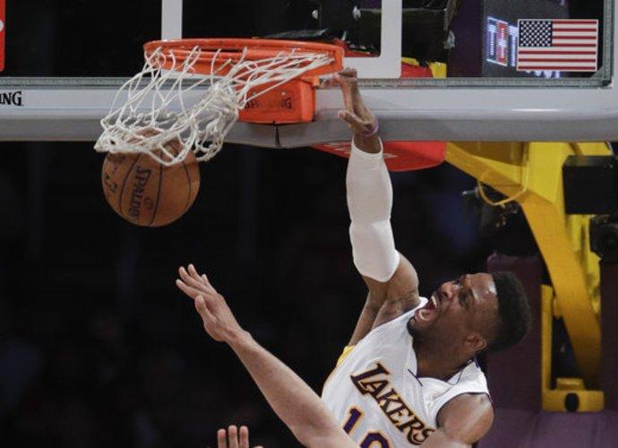 "D.Nwaba ""Lakers"" marškinėlius vilkės dar bent dvejus metus (Scanpix nuotr.)"